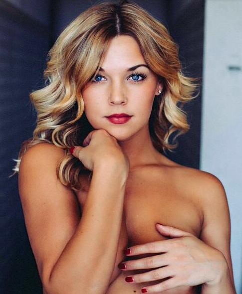 Alexa Dowd